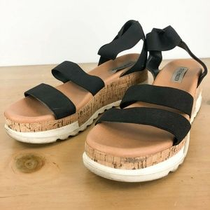 STEVE MADDEN Bandi Platform Wedge Sandal 11M
